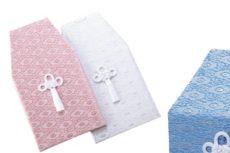 白とピンクとライトブルーの3種類のお骨箱カバー