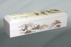 鳳凰が描かれた布張り装飾された棺