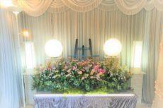 自宅風タイプの式場祭壇
