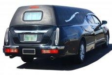 リムジンタイプの霊柩車