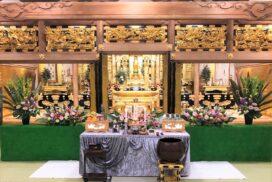 仏教式の生花祭壇